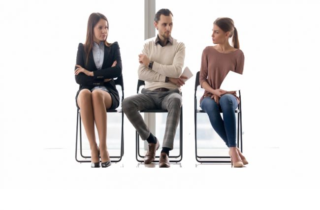 Qualquer um pode Administrar? Contratar um Administrador ou servem áreas correlatas?